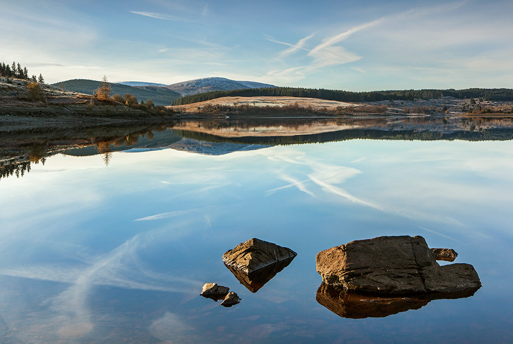 Photo of Clatteringshaws Loch, Dumfries & Galloway copyright  Ken LesliePhotography