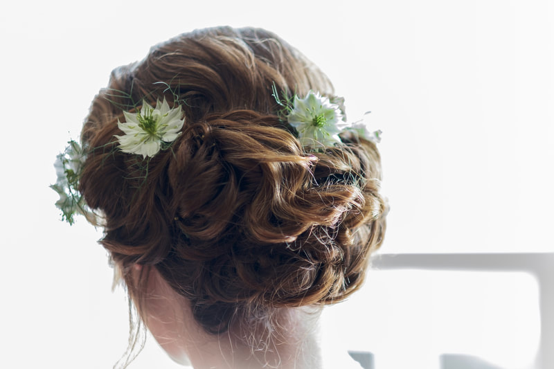 Delicate hair flowers for a june Bride in Scotland