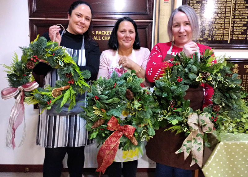 christmas wreath classes dumfries & galloway copyright www.gallowayflowers.co.uk